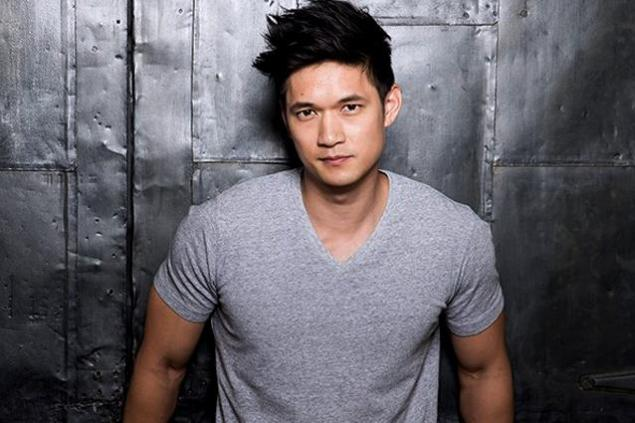 harry-shum-jr-shadowhunters-facebook-123015-638x425